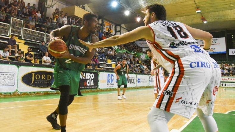Torneo Super 20: Estudiantes sumó su segunda victoria ante San Martín.