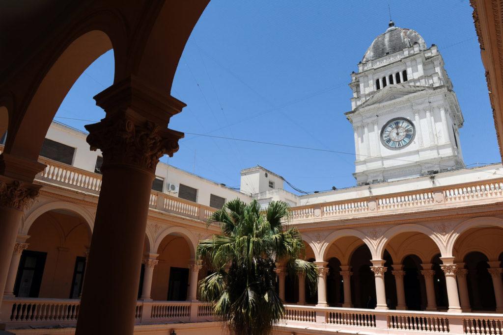 El gobierno Entrerriano convocó a los gremios docentes a una reunión por el tema salarial.