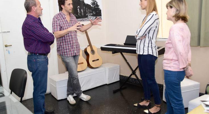 La Escuela Municipal de Música recibió nuevos instrumentos